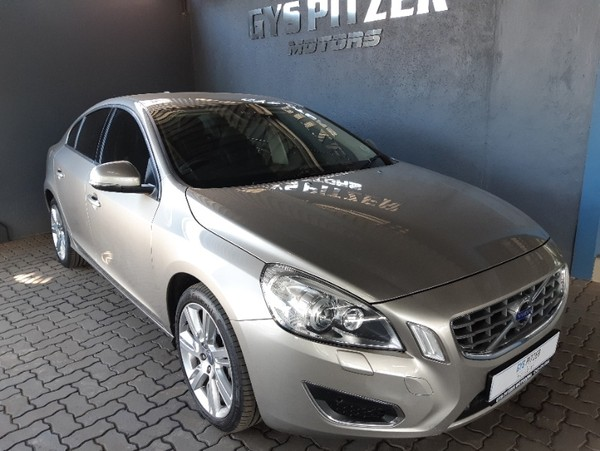 2013 Volvo S60 T5 Elite Powershift  Gauteng Pretoria_0
