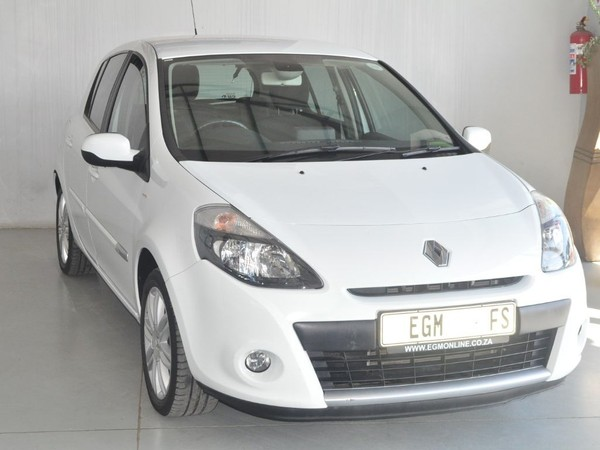 2012 Renault Clio Iii 1.6 Dynamique 5dr At  Free State Bloemfontein_0