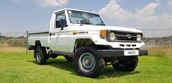 1998 Toyota Land Cruiser Petrol Pu Sc  Gauteng Benoni_0