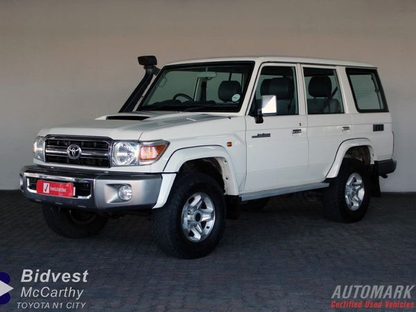 2017 Toyota Land Cruiser 76 4.5D V8 SW Western Cape Goodwood_0