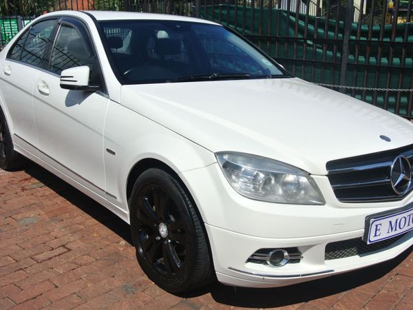 2010 Mercedes-Benz C-Class C200 Be Elegance At  Gauteng Bramley_0