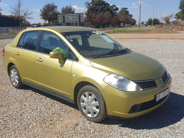 2006 Nissan Tiida 1.6 Acenta Hatch MT Gauteng Lenasia_0