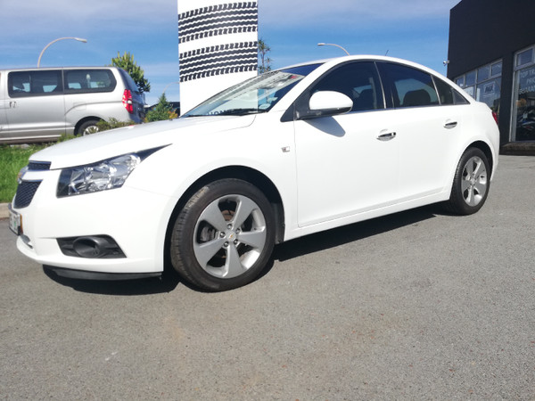 2012 Chevrolet Cruze 1.8 Lt At  Eastern Cape Nahoon_0