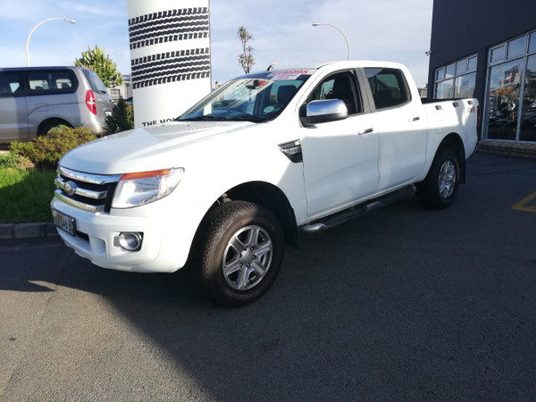 2014 Ford Ranger 3.2tdci Xlt 4x4 At Pu Dc  Eastern Cape Nahoon_0