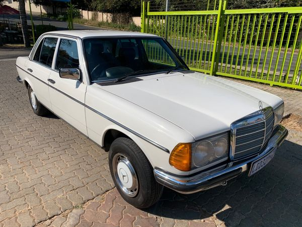 1983 Mercedes-Benz E-Class 230 E Ac w123  Gauteng Randburg_0