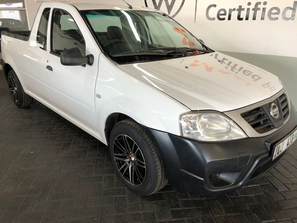 2016 Nissan NP200 1.5 Dci  Ac Safety Pack Pu Sc  Limpopo Tzaneen_0