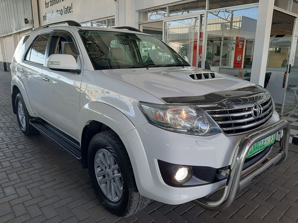 2012 Toyota Fortuner 3.0d-4d 4x4 At  Free State Bloemfontein_0