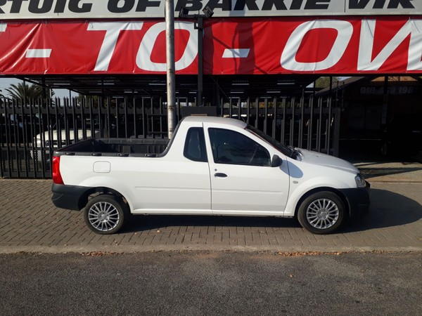 2015 Nissan NP200 1.6  Ac Safety Pack Pu Sc  North West Province Klerksdorp_0