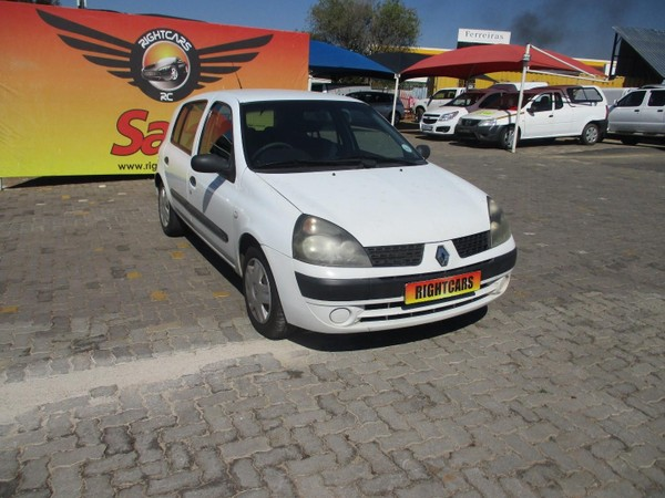 2003 Renault Clio 1.4 Expression  Gauteng North Riding_0