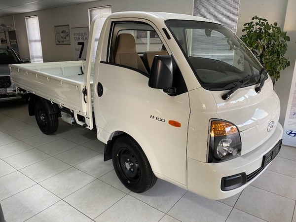 2020 Hyundai H100 Bakkie 2.6d Fc Ds  Eastern Cape Grahamstown_0
