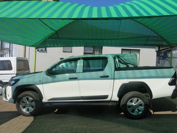 2016 Toyota Hilux 2.4 GD-6 SR 4X4 Double Cab Bakkie Gauteng Rosettenville_0