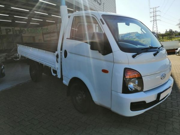 2012 Hyundai H100 Bakkie 2.6d Ac Fc Ds  Kwazulu Natal Pinetown_0