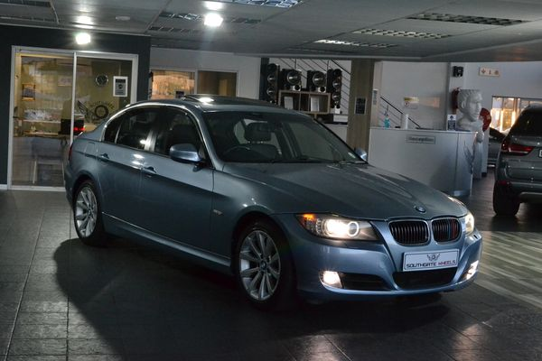 2010 BMW 3 Series 325i At e90  Gauteng Roodepoort_0