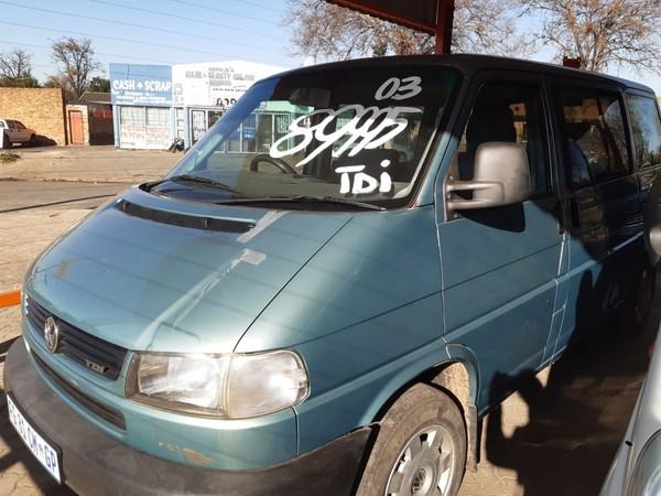 2003 Volkswagen Caravelle 2.5tdi 128kw At  Gauteng Boksburg_0