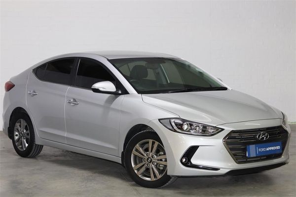 2019 Hyundai Elantra 1.6 Executive Auto Eastern Cape Port Elizabeth_0