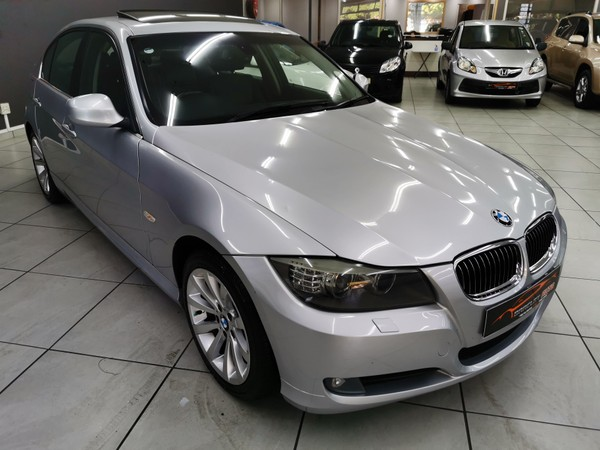 2010 BMW 3 Series 323i Exclusive At e90  Western Cape Goodwood_0
