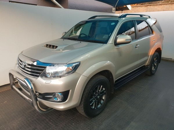 2015 Toyota Fortuner 3.0d-4d Rb At  Gauteng Randburg_0