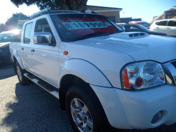 2014 Nissan NP300 Hardbody 2.5 TDi HI-RIDER Double Cab Bakkie Eastern Cape Port Elizabeth_0