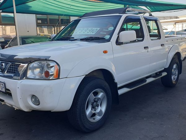 2009 Nissan NP300 Hardbody 2.4i HiRider k13k31 Bakkie Double cab Kwazulu Natal Durban_0
