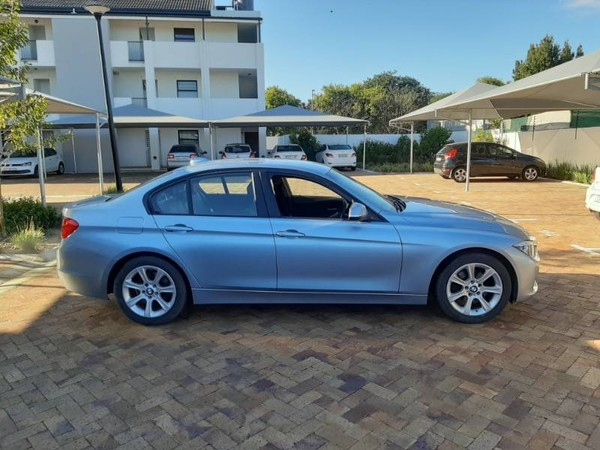 2014 BMW 3 Series 320i  At f30  Western Cape Kuils River_0