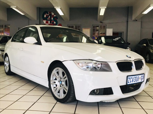 2010 BMW 3 Series 330i AT MSPORT with SUNROOF BARGAIN Gauteng Springs_0
