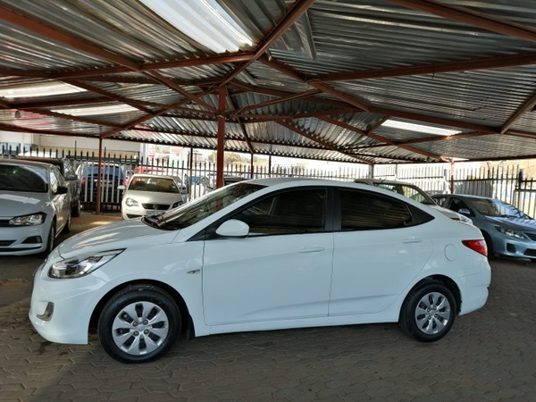 2016 Hyundai Accent 1.6 Fluid 5-Door Gauteng Jeppestown_0
