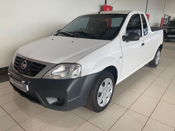 2017 Nissan NP200 1.6  Ac Safety Pack Pu Sc  Limpopo Northam_0