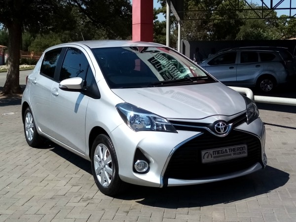 2016 Toyota Yaris 1.3 CVT 5-Door North West Province Klerksdorp_0