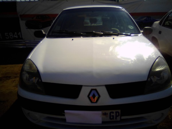 2005 Renault Clio Iii 1.4 Expression 3dr  Gauteng Alrode_0