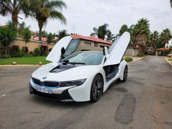 2016 BMW i8  Gauteng Bedfordview_0