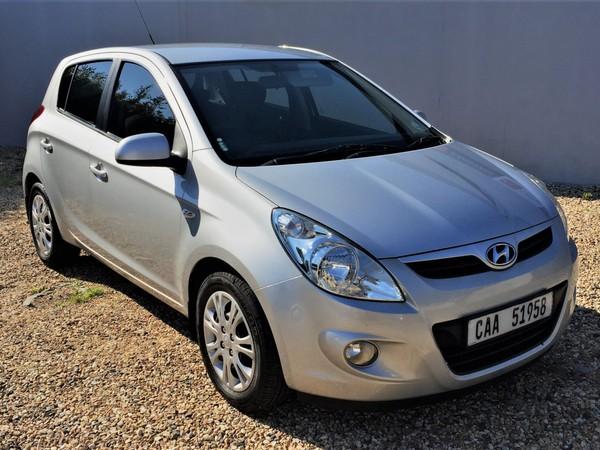 2011 Hyundai i20 1.6  Western Cape Diep River_0