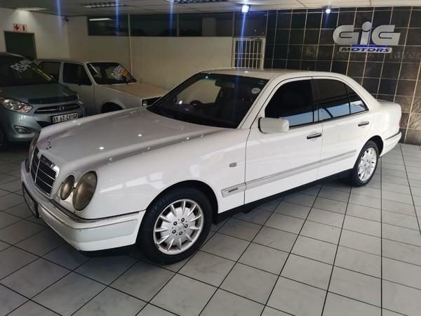 1998 Mercedes-Benz E-Class E280 V6 Elegance At  Gauteng Edenvale_0