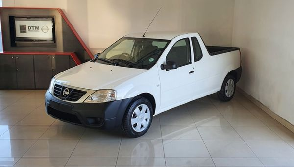 2016 Nissan NP200 1.6  Ac Safety Pack Pu Sc  Western Cape Strand_0