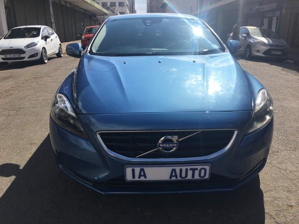 2015 Volvo V40 D3 Elite Geartronic  Gauteng Johannesburg_0