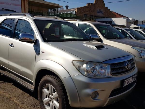 2011 Toyota Fortuner 3.0d-4d Heritage Rb At  Gauteng Johannesburg_0