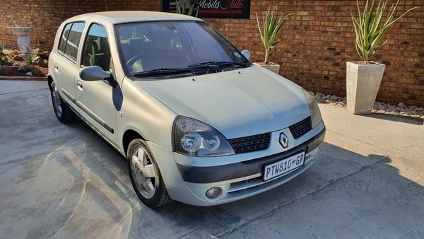 2003 Renault Clio 1.4 Privilege At  Gauteng Kempton Park_0