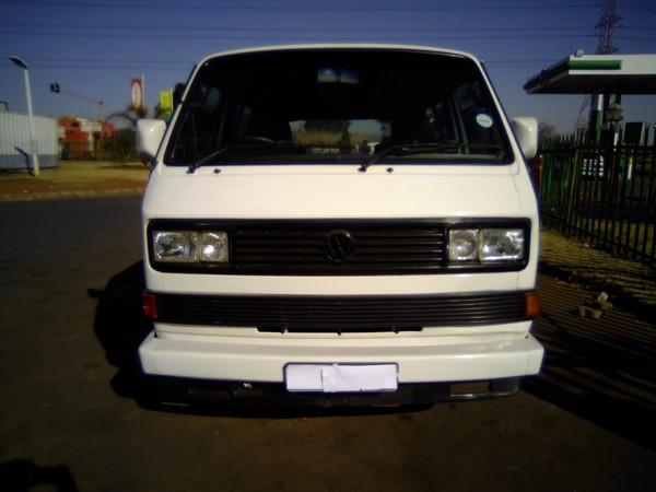 1999 Volkswagen Caravelle 2.6i Ac Ps  Gauteng Alrode_0