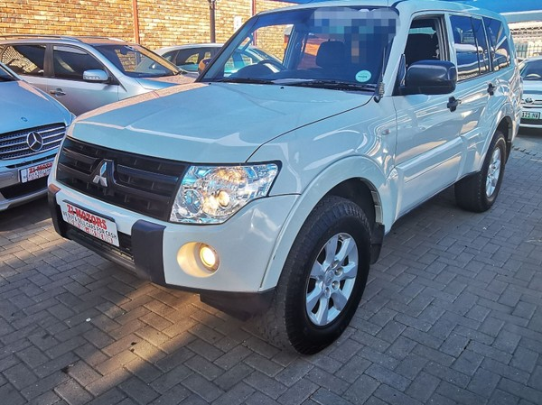 2009 Mitsubishi Pajero 3.2 Di-dc Gls At  North West Province Brits_0