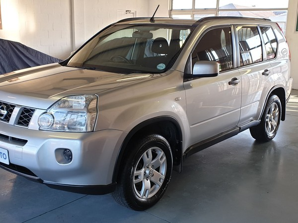 2010 Nissan X-Trail 2.0 4x2 Xe r79r85  Western Cape Kuils River_0