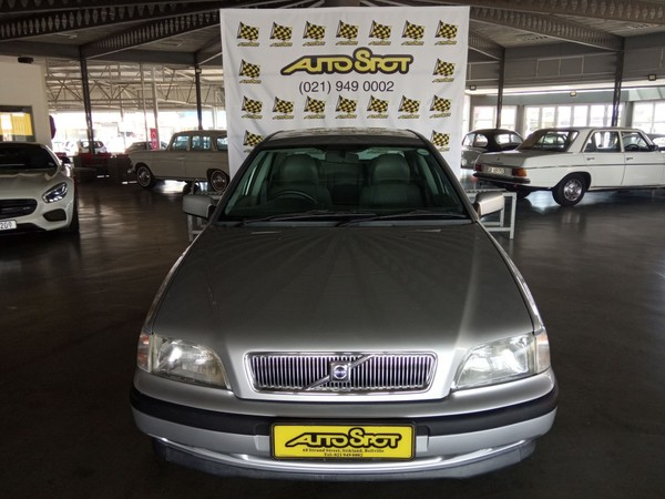 2000 Volvo S40 2.0 At Flift  Western Cape Bellville_0
