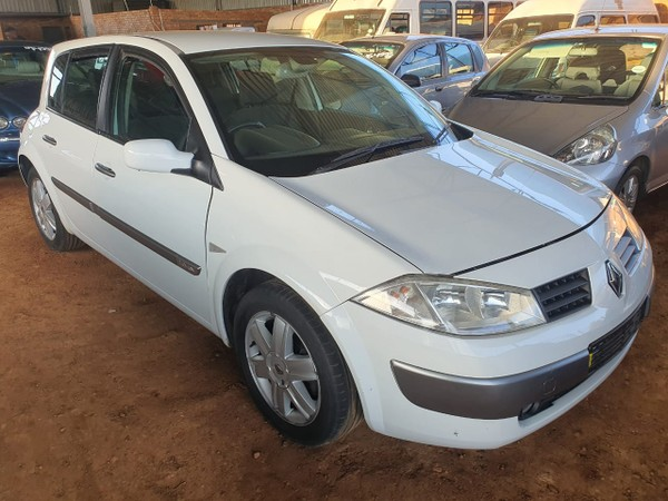 2004 Renault Megane Ii 1.6 Authentique 5dr Auto Mpumalanga Mpumalanga_0