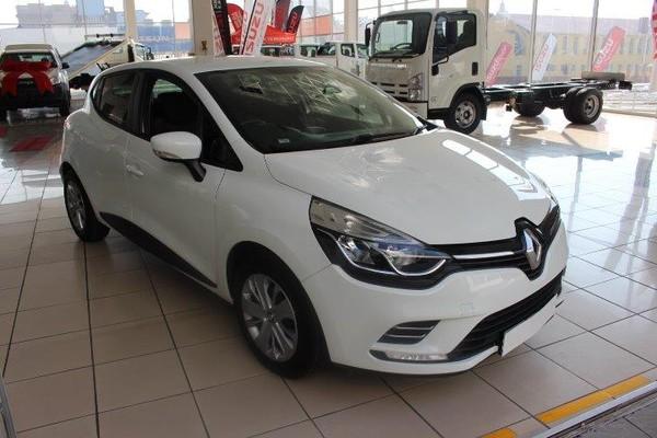 2018 Renault Clio IV 900T Authentique 5-Door 66kW Free State Bloemfontein_0