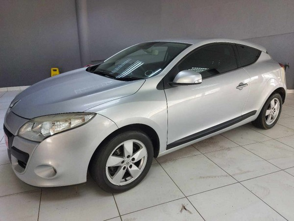 2010 Renault Megane Iii 1.4t Dynamique Coupe  Western Cape Table View_0