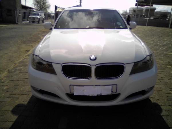 2009 BMW 3 Series 320i e90  Gauteng Alrode_0