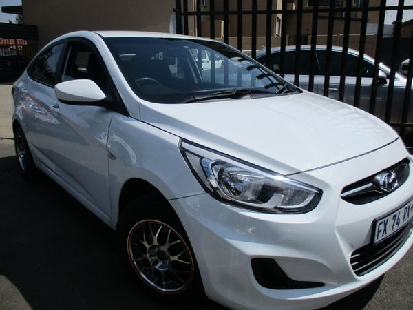 2017 Hyundai Accent 1.6 Gl  Gauteng Alberton_0