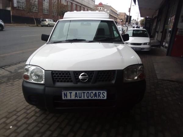 2010 Nissan NP300 Hardbody 2.0i SE LWB k10k29 Bakkie Single cab Gauteng Johannesburg_0