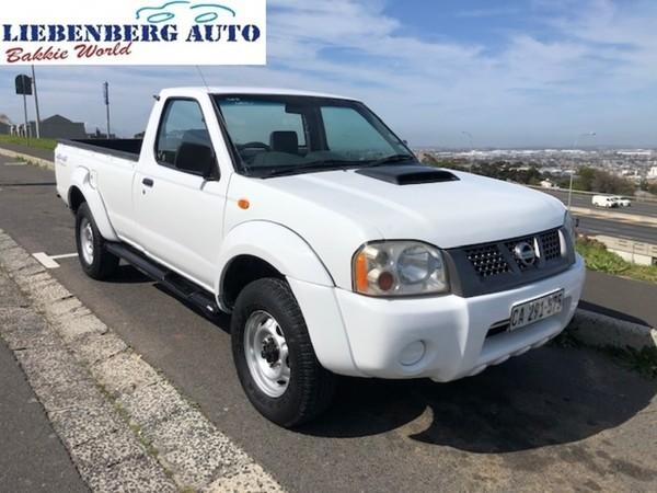 2009 Nissan NP300 Hardbody 2.5 TDI LWB 4x4 k06k34 Bakkie Single cab Western Cape Cape Town_0