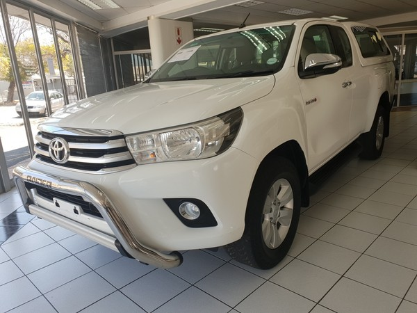 2016 Toyota Hilux 2.8 GD-6 RB Raider Extended Cab Bakkie Western Cape Worcester_0