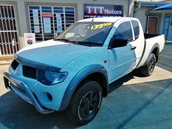 2011 Mitsubishi Triton 2.5 Di-d Club Cab Pu Sc  North West Province Rustenburg_0