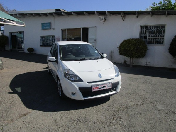 2010 Renault Clio Iii 1.6 Dynamique 5dr At  Gauteng Bryanston_0